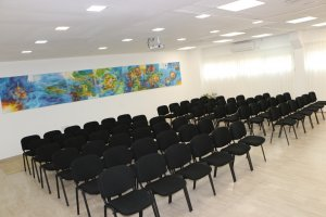 השכרת אולם הרצאות , השכרת כיתות לימוד באר שבע , כיתות להשכרה באר שבע להשכרת כיתות